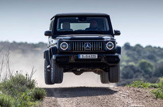 27-mercedes-amg-g63-2018-review-jump_0.jpg
